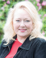 Meet Sylvia Mork agent photo